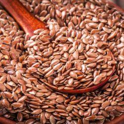 Czym zastąpić wybrane orzechy, nasiona i kasze w koktajlach?